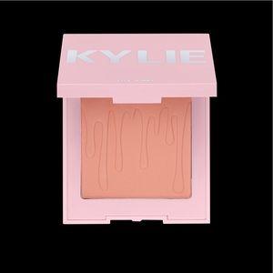 "Kylie Cosmetics ""Kitten Baby"" Blush"